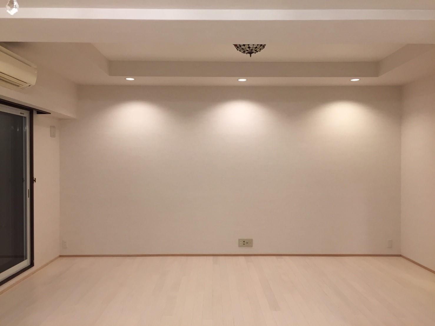 リフォーム後のリビング_01 《 Asia Home 施工事例001 横浜市中区 3LDKマンション 》